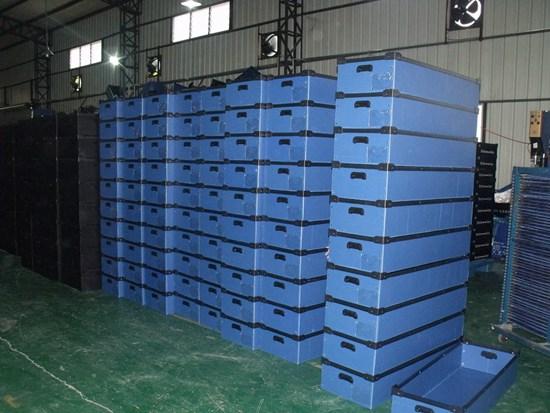 LT-016  防靜電雙層固定箱